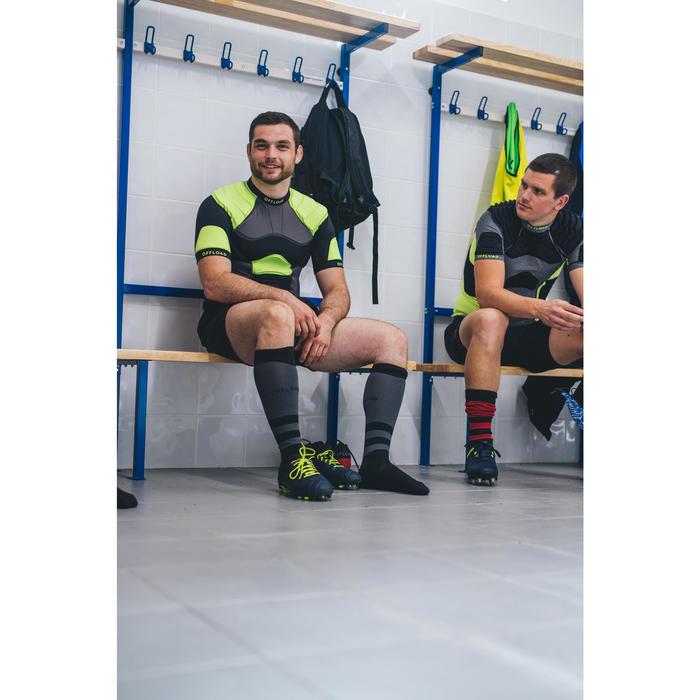 Épaulière rugby adulte R100 noire jaune