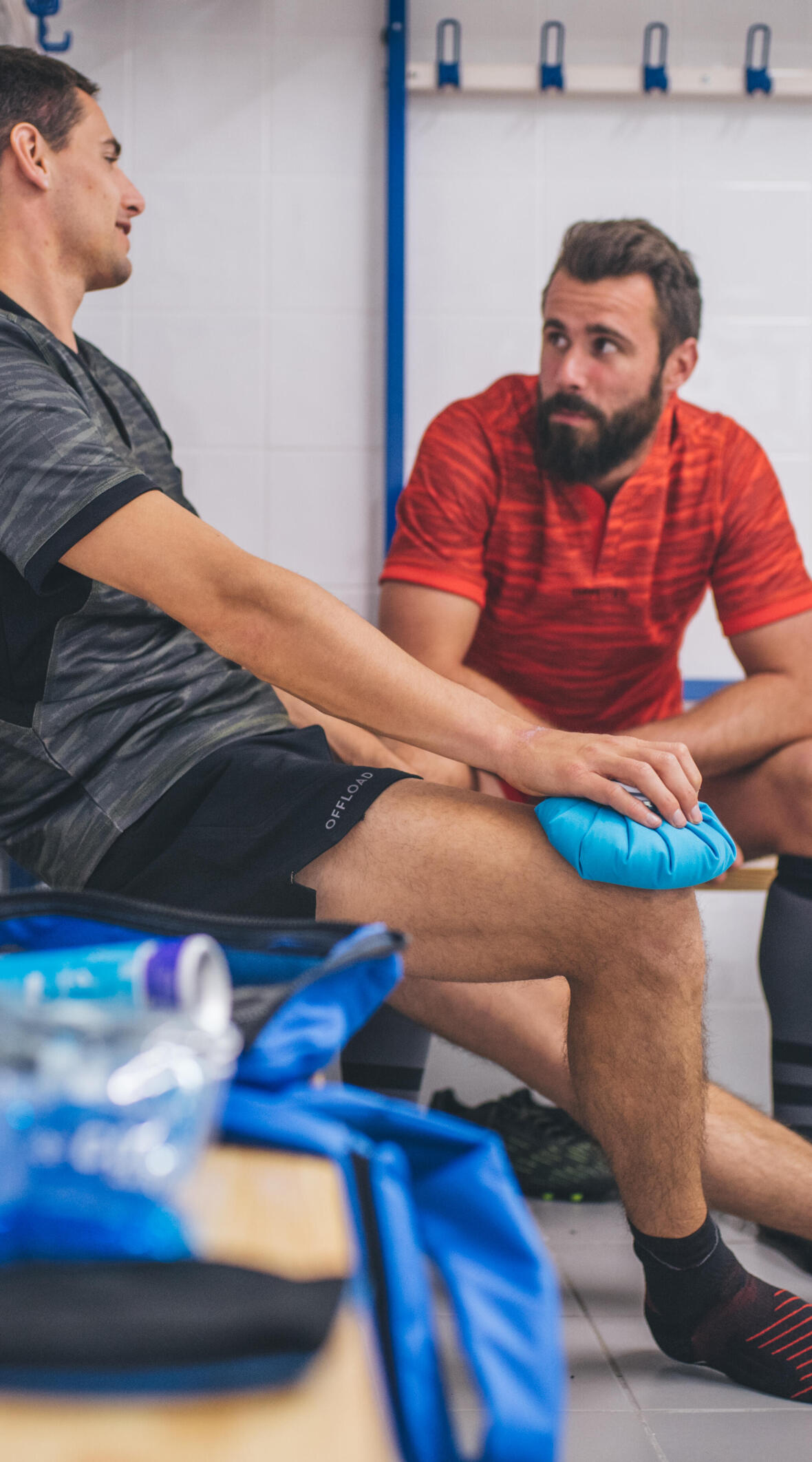 RUGBY   4 STEPS TO TREAT INJURED AREA POPULARLY
