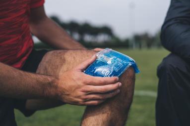 conseils-comment-choisir-un-soin-par-le-froid-au-rugby-compresse