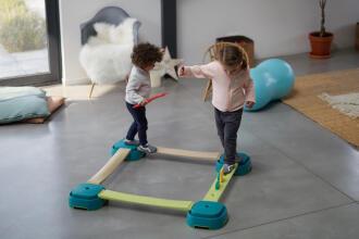 babygym équilibre des enfants
