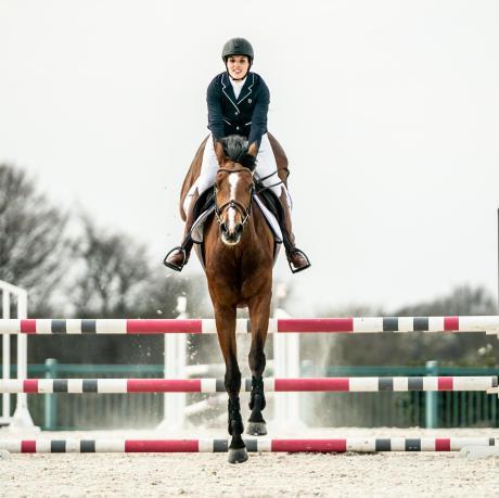 regard-cavalier-obstacle