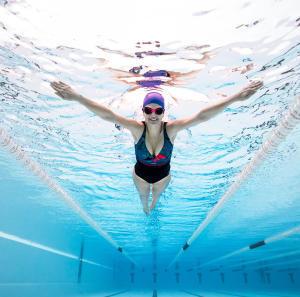 Comment renforcer la confiance en soi par la natation ?