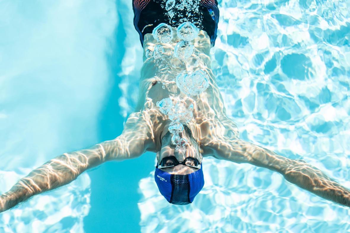 10 exercices pour s'amuser à la piscine