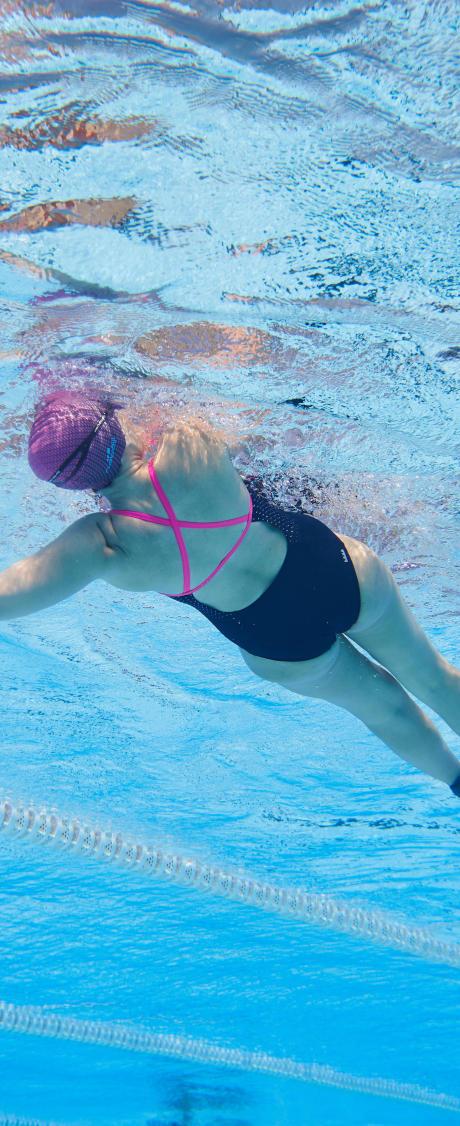 Ce qu'il faut savoir pour bien nager le dos