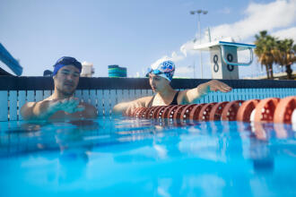 The 5 basics of sharing a swimming pool
