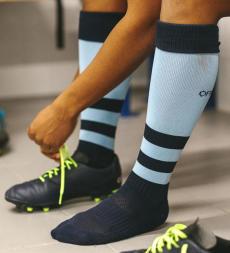 conseils-comment-choisir-son-équipement-de-rugby-féminin-chaussettes