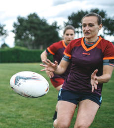advice-how-to-choose-kit-for getting-started-in-women's-rugby-shirt