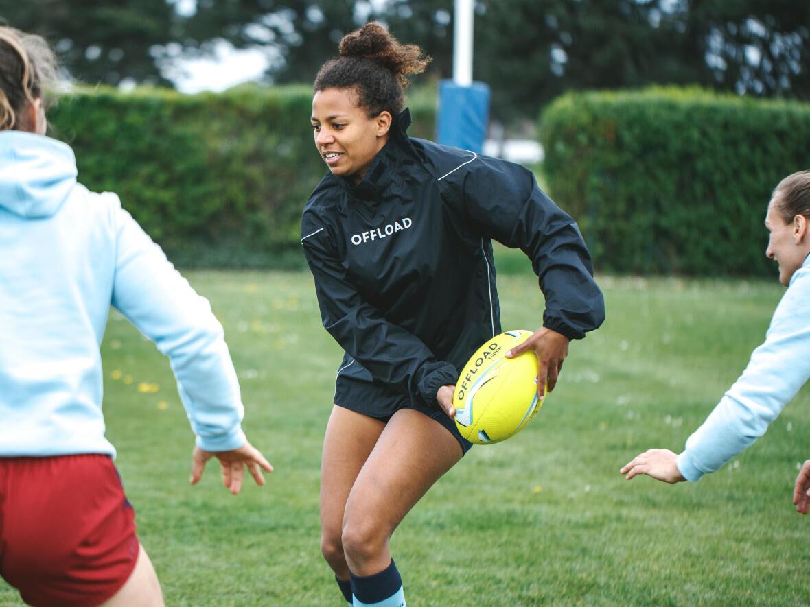Tester les sports collectifs sous la pluie comme le rugby