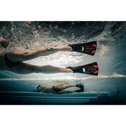 Schwimmflossen lang Topfins 900 schwarz/rot