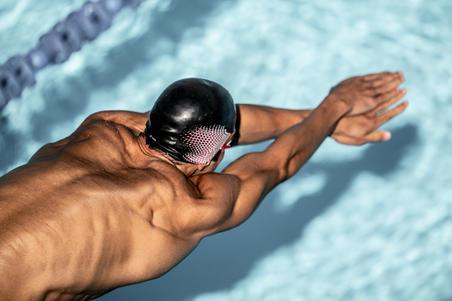 Шапочка для плавання 900, силіконова - Чорна/Червона