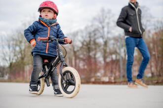 Lära sig cykla: varför välja en springcykel?
