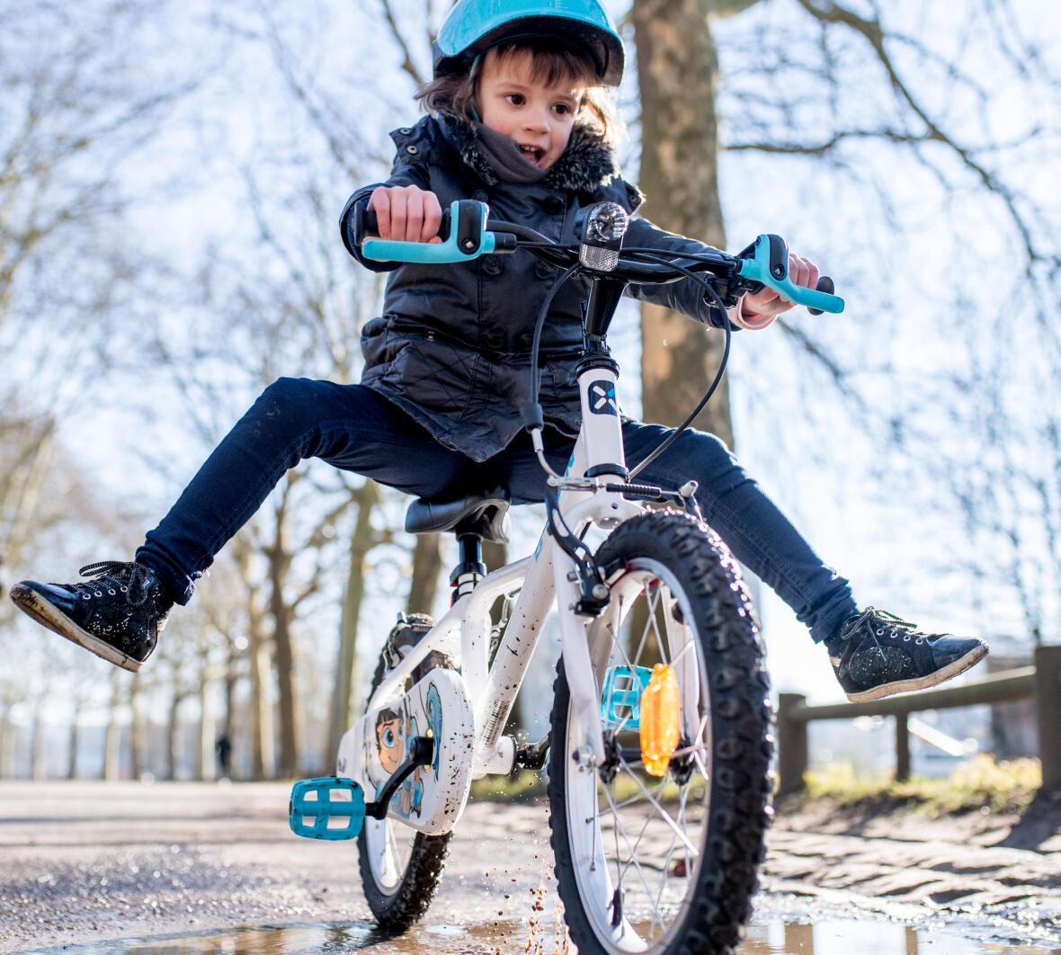 Jeu pour enfant pour apprendre à faire du vélo - Conseils Sport DECATHLON
