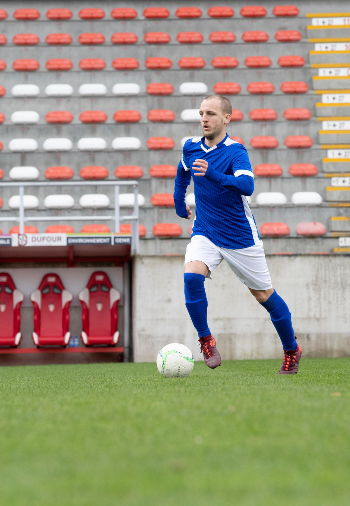 Gagner-place-titulaire-football