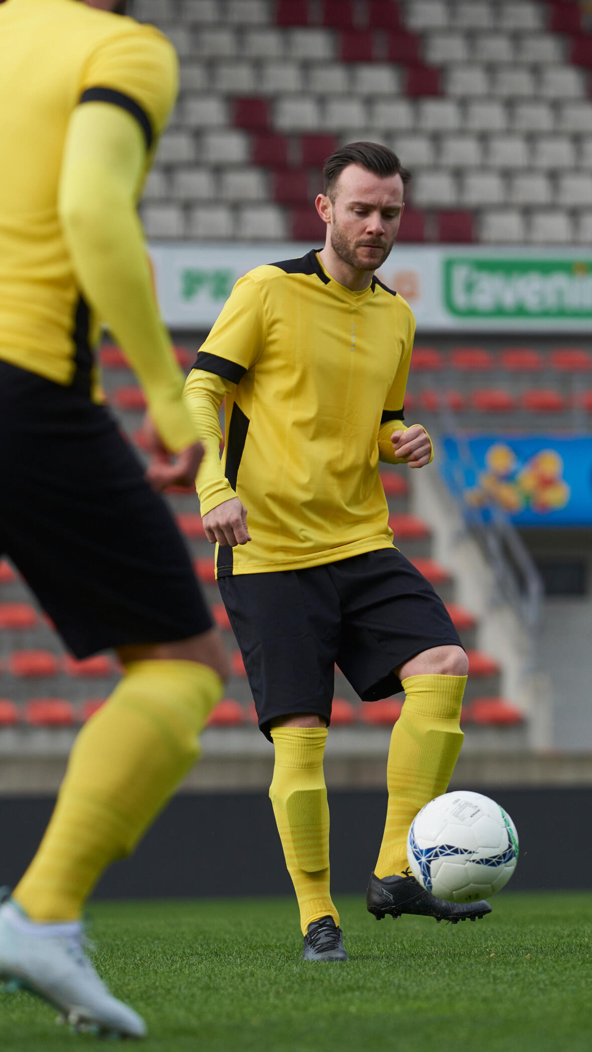 jouer plusieurs postes au football