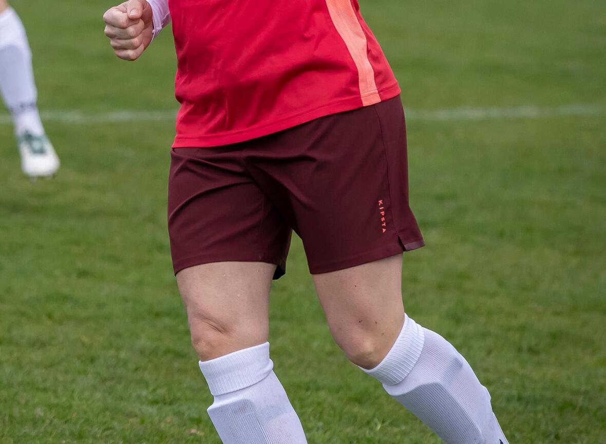 gros plan sur le short d'une joueuse de soccer