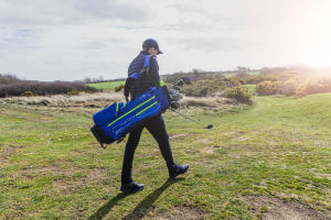 Comment porter son sac de golf ?