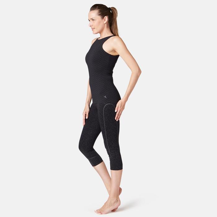 Topje met ingewerkte beha voor pilates en lichte gym 900 slim fit zwart