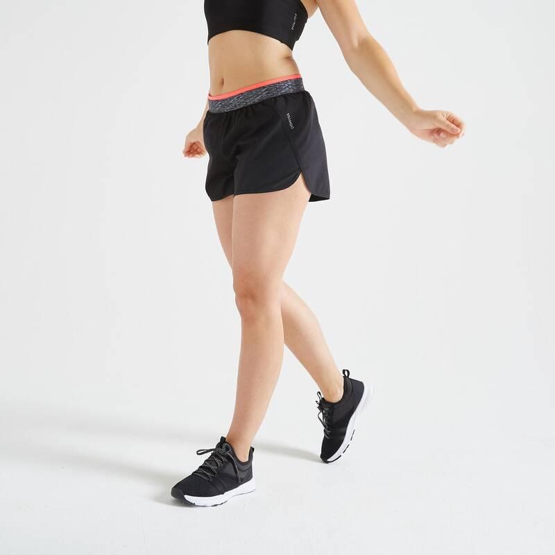 DÁMSKÉ OBLEČENÍ NA KARDIO FITNESS, ZAČÁTEČNICE Fitness - DÁMSKÉ ŠORTKY 100 ČERNÉ DOMYOS - Fitness oblečení a boty