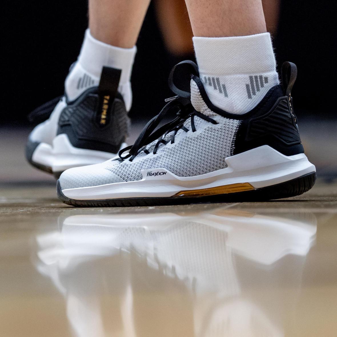 cc-choisir-chaussure-confirme-basketball.jpg