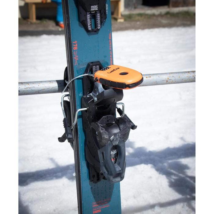Anti-theft lock for snowboard or pair of skis