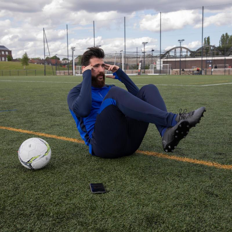 Les avantages de continuer l'entraînement de foot pendant la coupure
