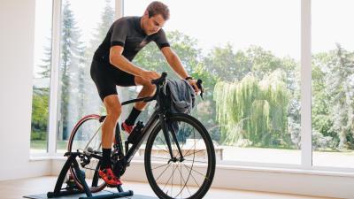 Home-trainer%20ou%20rouleau%2C%20que%20choisir%20%3F.jpg