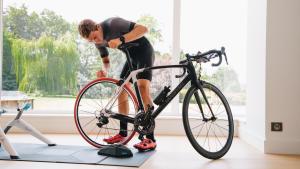 如何安裝自行車訓練台?