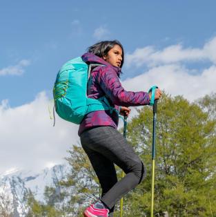 équipez vos enfants pour randonner sac a dos montagne quechua decathlon