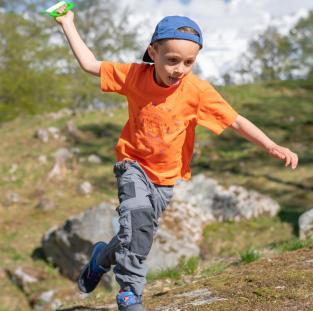 équipez vos enfants pour randonner vêtements montagne quechua decathlon