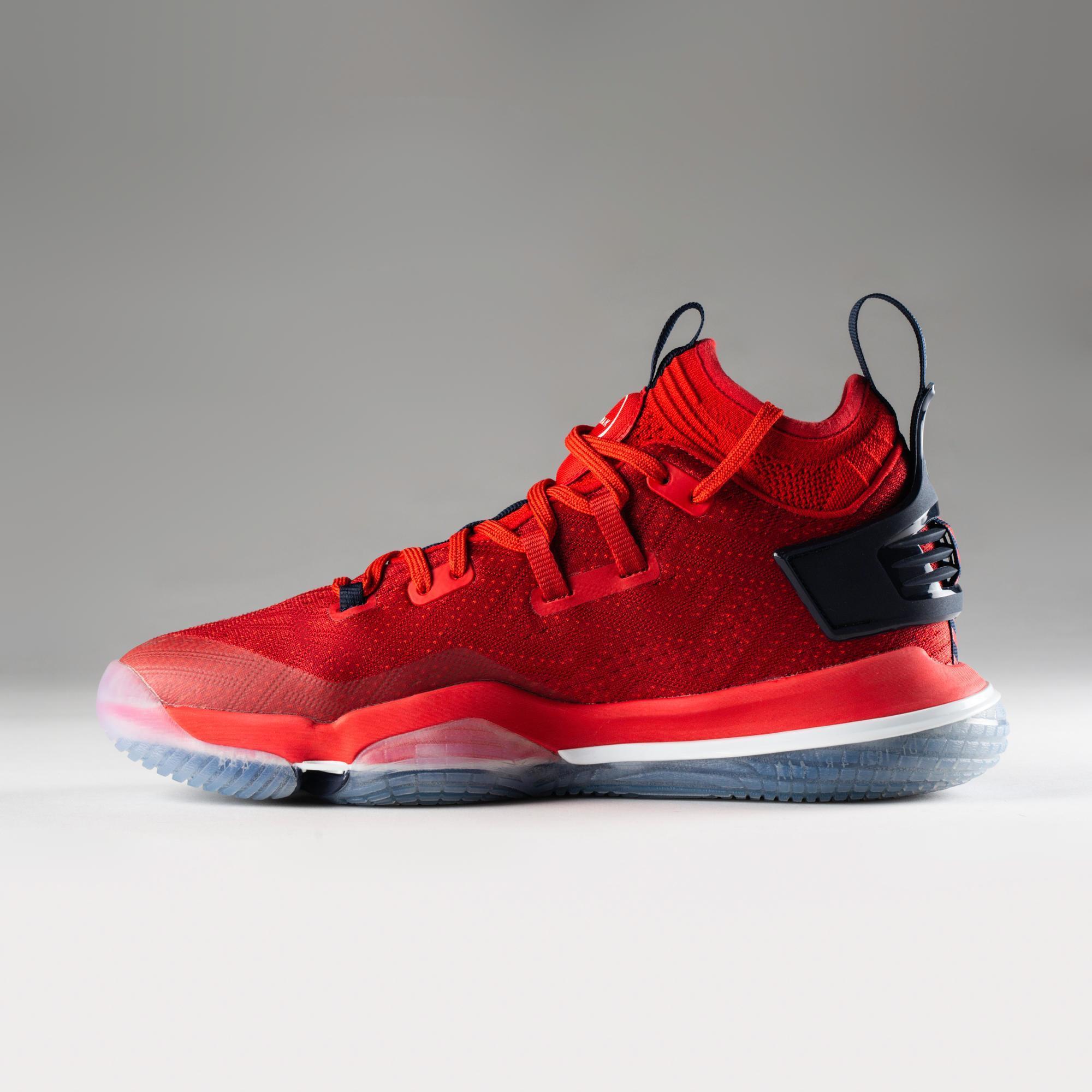 Men's Mid-Rise Basketball Shoe Elevate