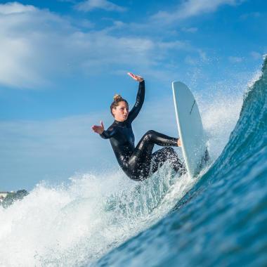 comment choisir ma combinaison de surf