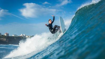 comment-choisir-combinaison-surf.jpg