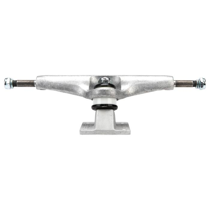"1 skatetruck forged baseplate maat 8.5"" (21,59 mm)"