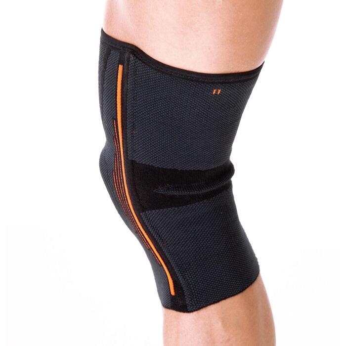 Linker/rechter kniebandage ondersteuning ligamenten heren/dames Soft 500 zwart