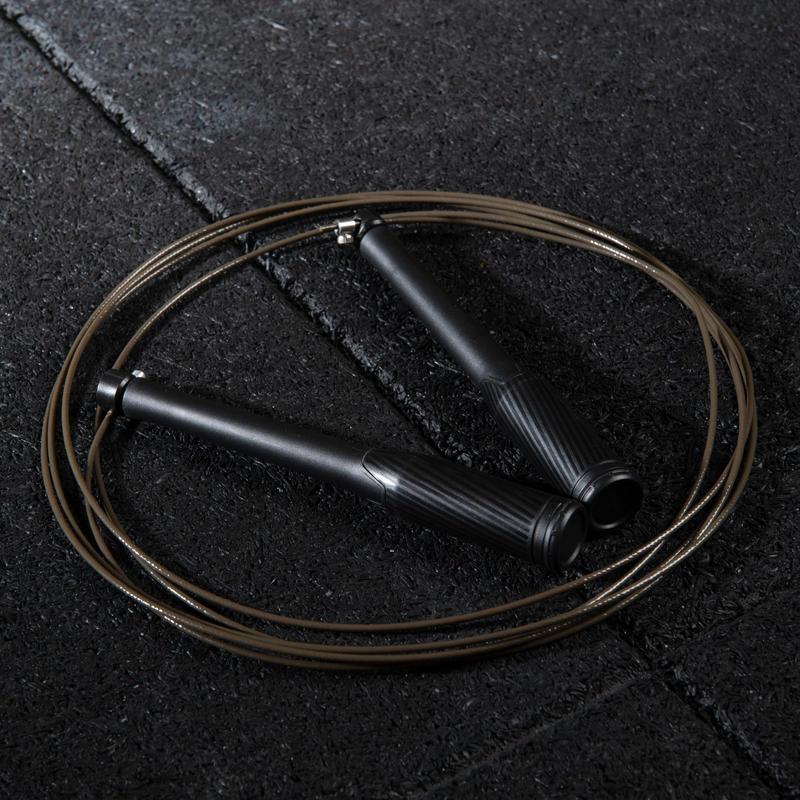 Cuerda para saltar de velocidad negra