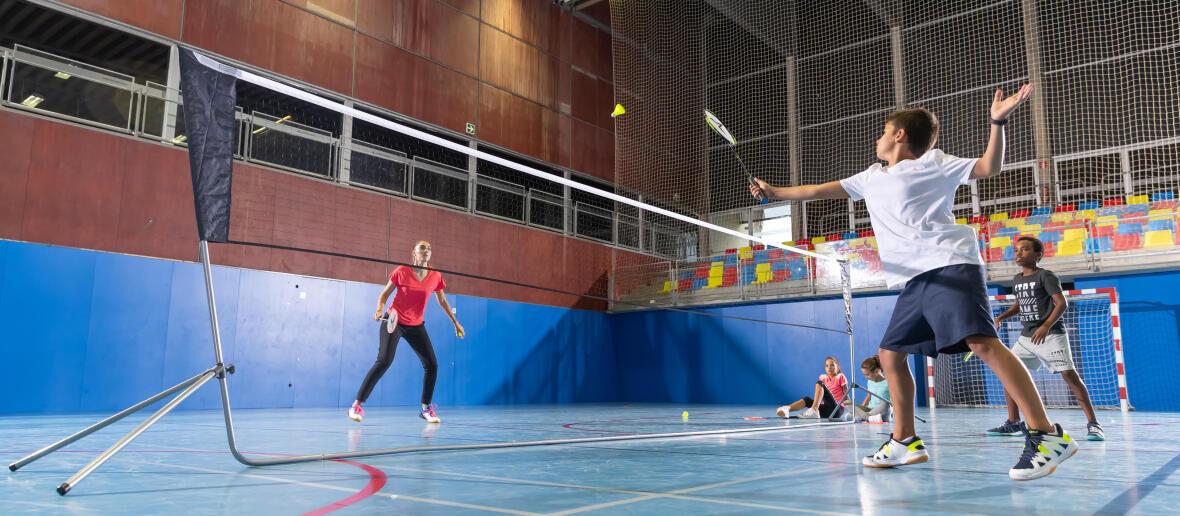 Apprendre à jouer au badminton