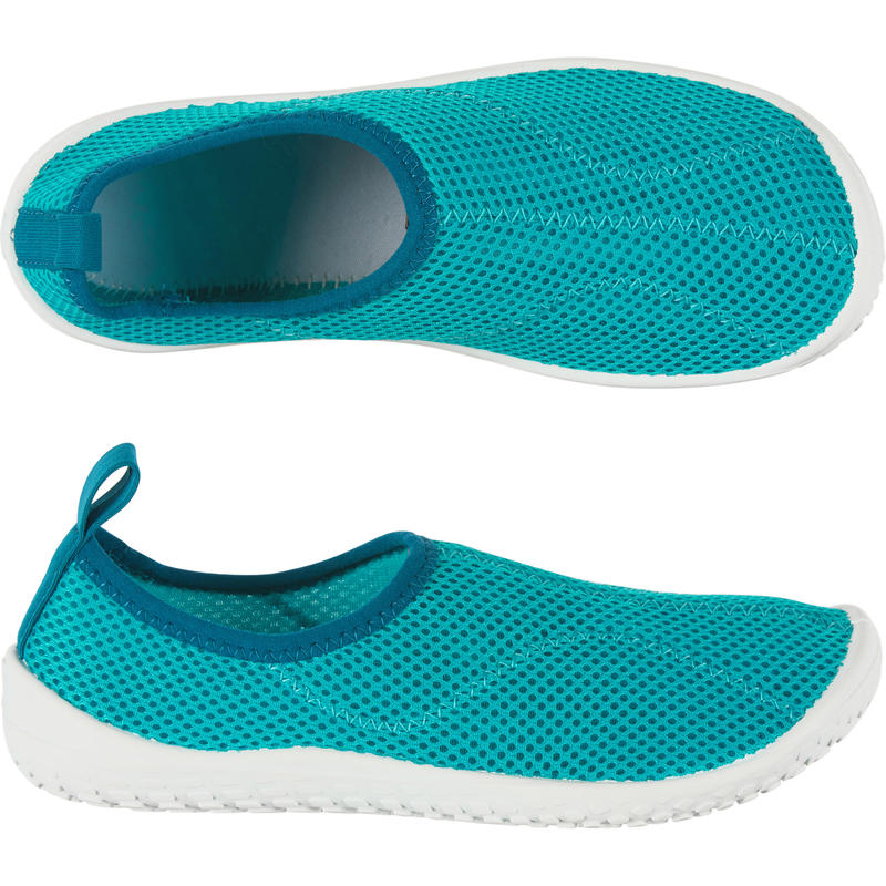 รองเท้าเด็กสำหรับใส่ลุยน้ำรุ่น 100 (สีฟ้า Turquoise)