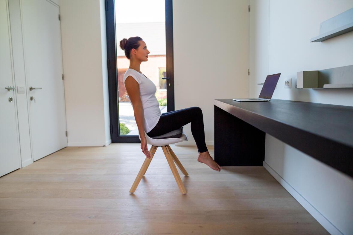 Sport à la maison : détournez votre intérieur pour faire des exercices faciles