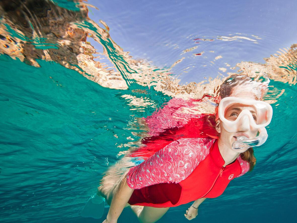 Le tuba pour le snorkeling, randonnée palmée