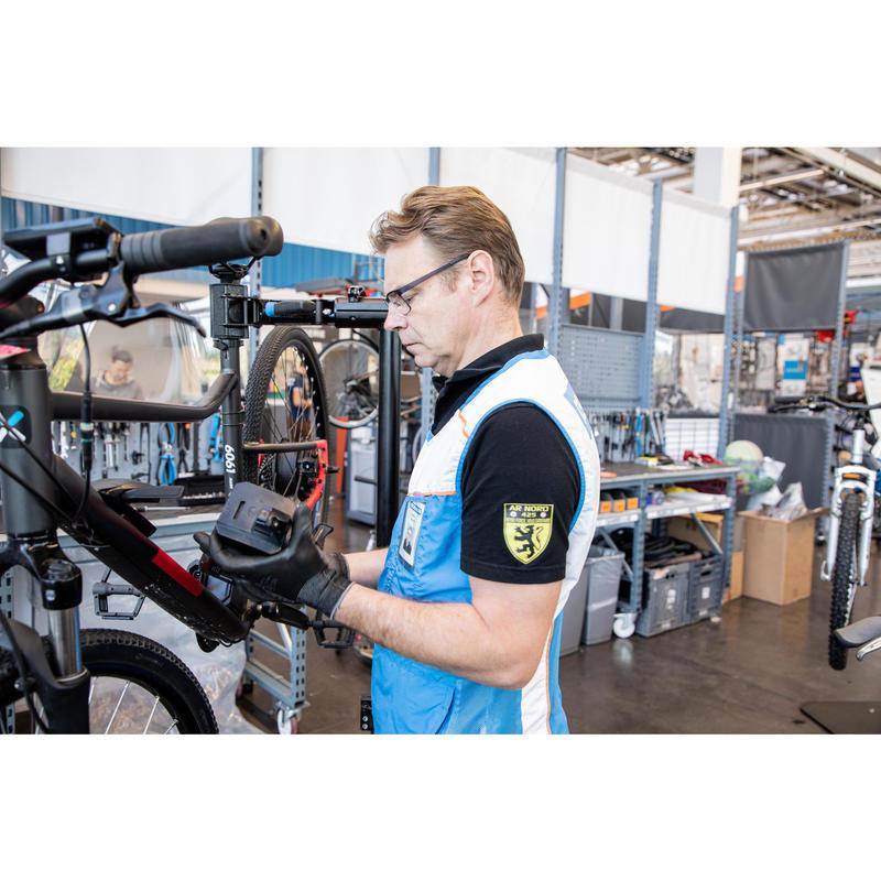 Réparation vélos électriques en magasin