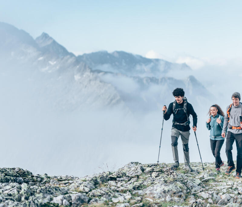 Finding your bearings when hiking: signposting on paths - title
