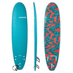 Prancha de Surf em espuma 500 7'8 com um leash e 3 quilhas.