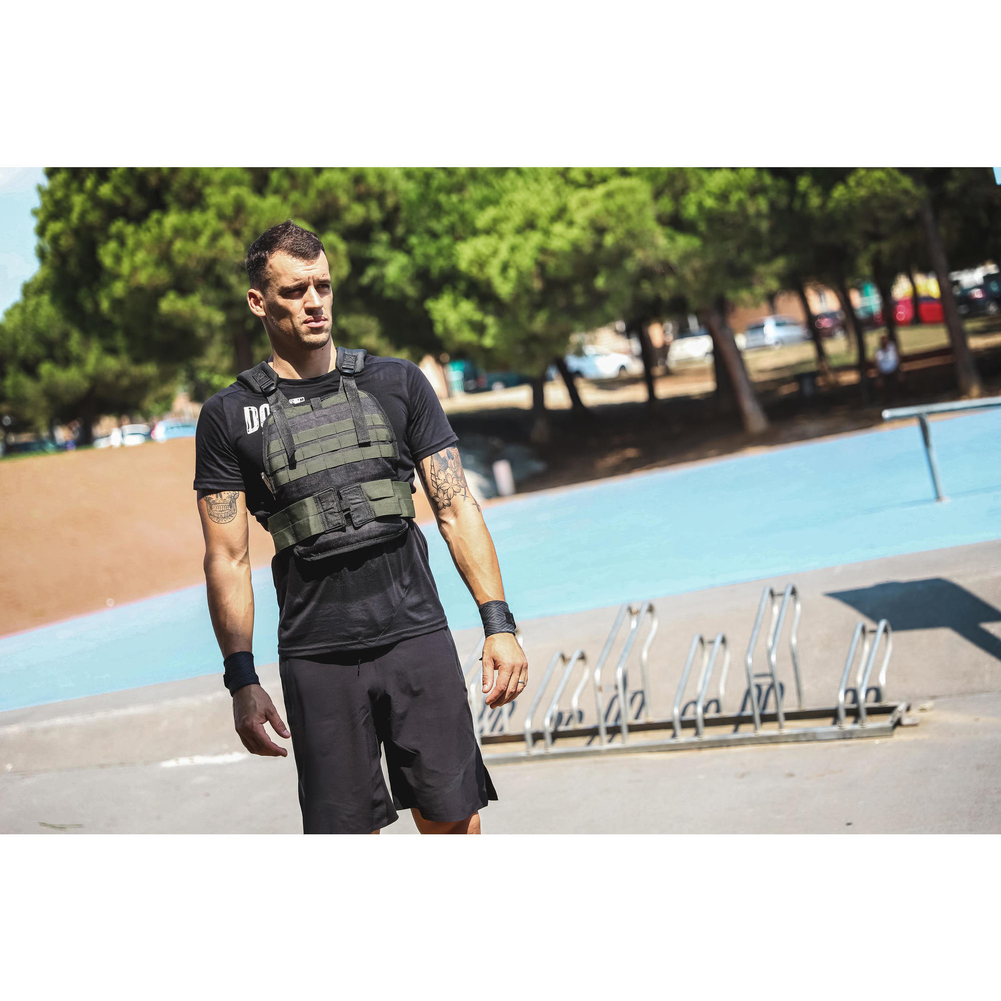 Domyos 10 KG Weighted Vest Gym Resistance Training Strength Fitness BRAND NEW