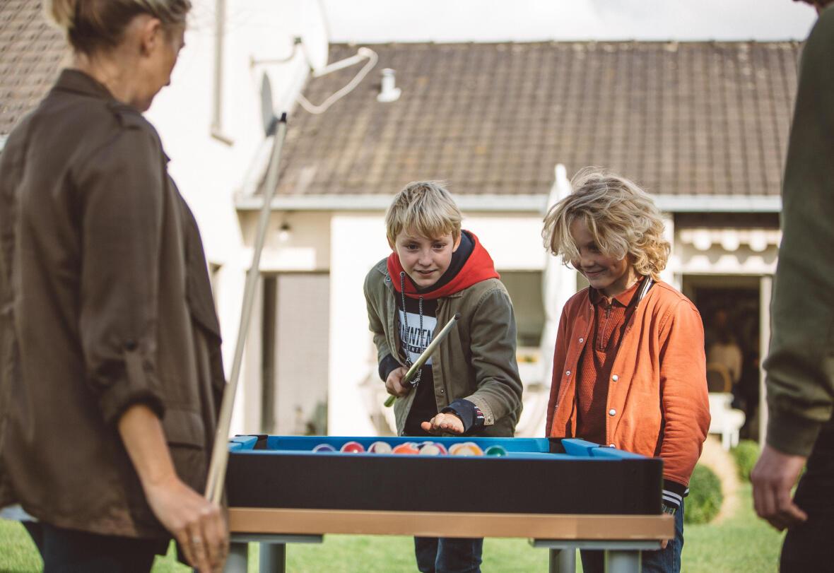 enfants billard amusement famille