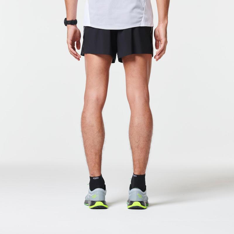 KIPRUN LIGHT+ MEN'S RUNNING SHORTS - BLACK
