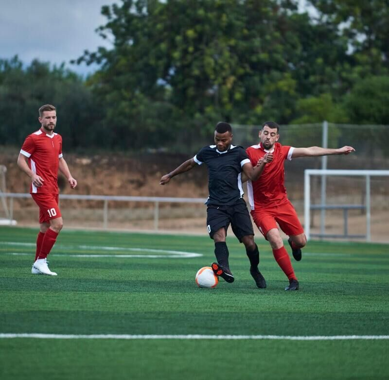 Comment devenir un meilleur milieu défensif au football ?