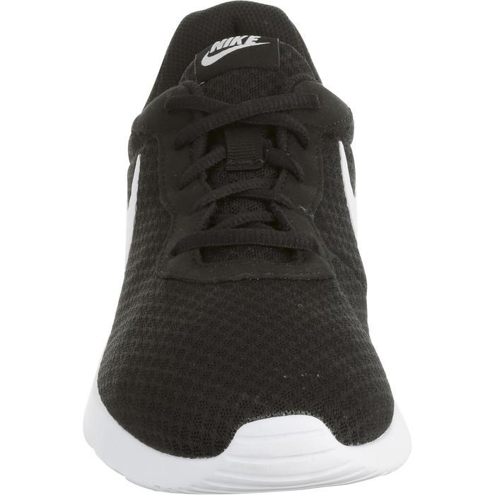 size 40 3fe29 f1ac8 Zapatillas de marcha deportiva para hombre Tanjun negro   blanco