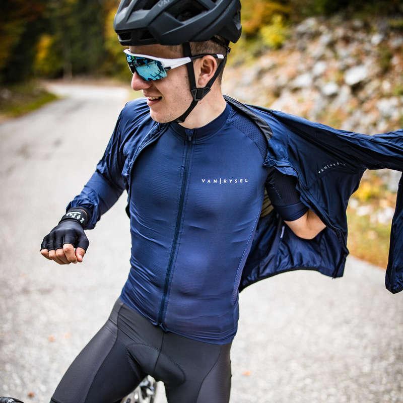 PÁNSKÉ OBLEČENÍ NA SILNIČNÍ CYKLISTIKU DO TEPLÉHO POČASÍ Cyklistika - CYKLISTICKÉ KRAŤASY RACER B'TWIN - Helmy, oblečení, obuv