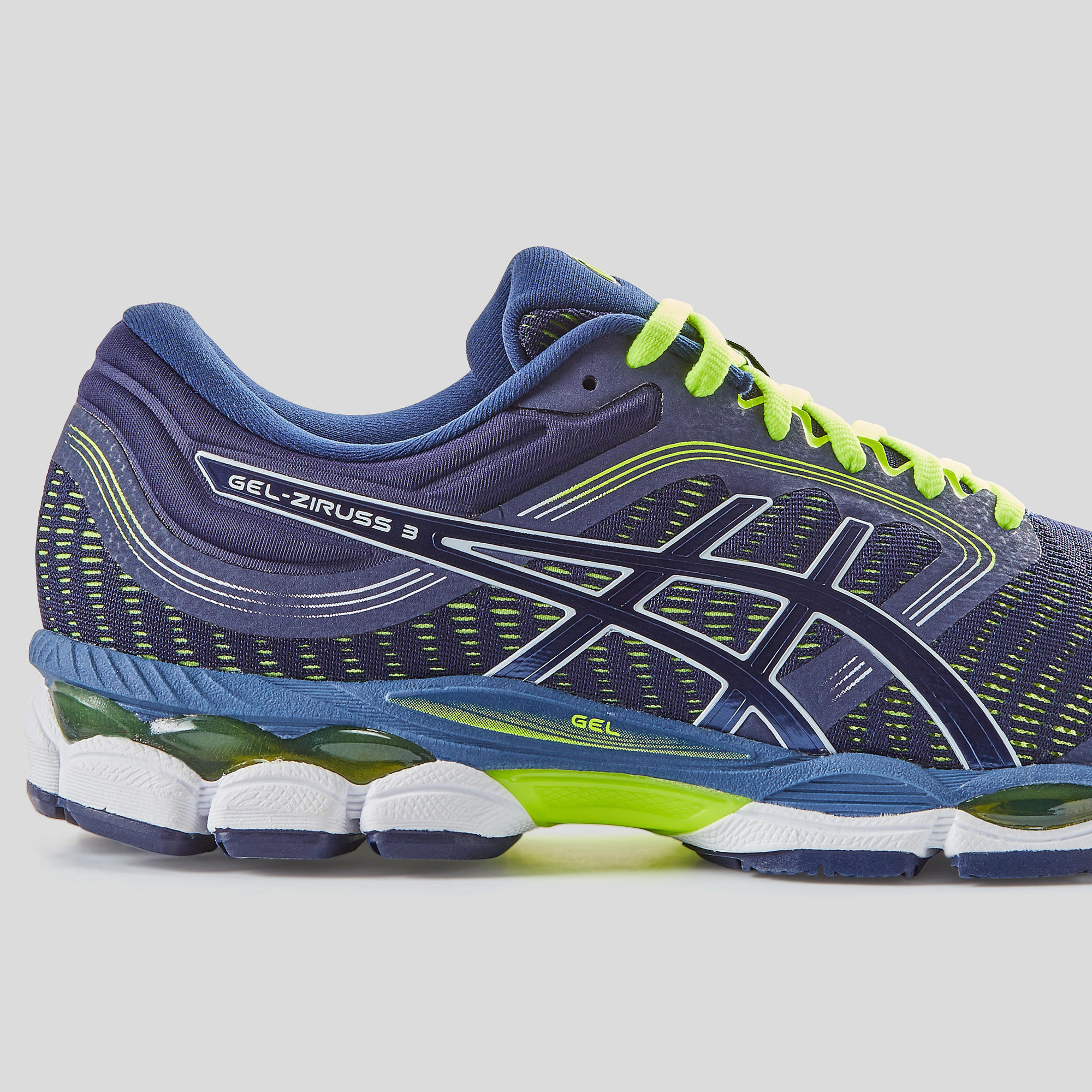 asics chaussure taille grand ou petit