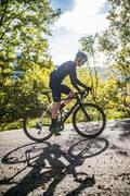 NÁVLEKY NA PAŽE A NOHY NA SILNIČNÍ CYKLISTIKU JARO/PODZIM Cyklistika - NÁVLEKY NA RUCE 500 VAN RYSEL - Cyklistické oblečení